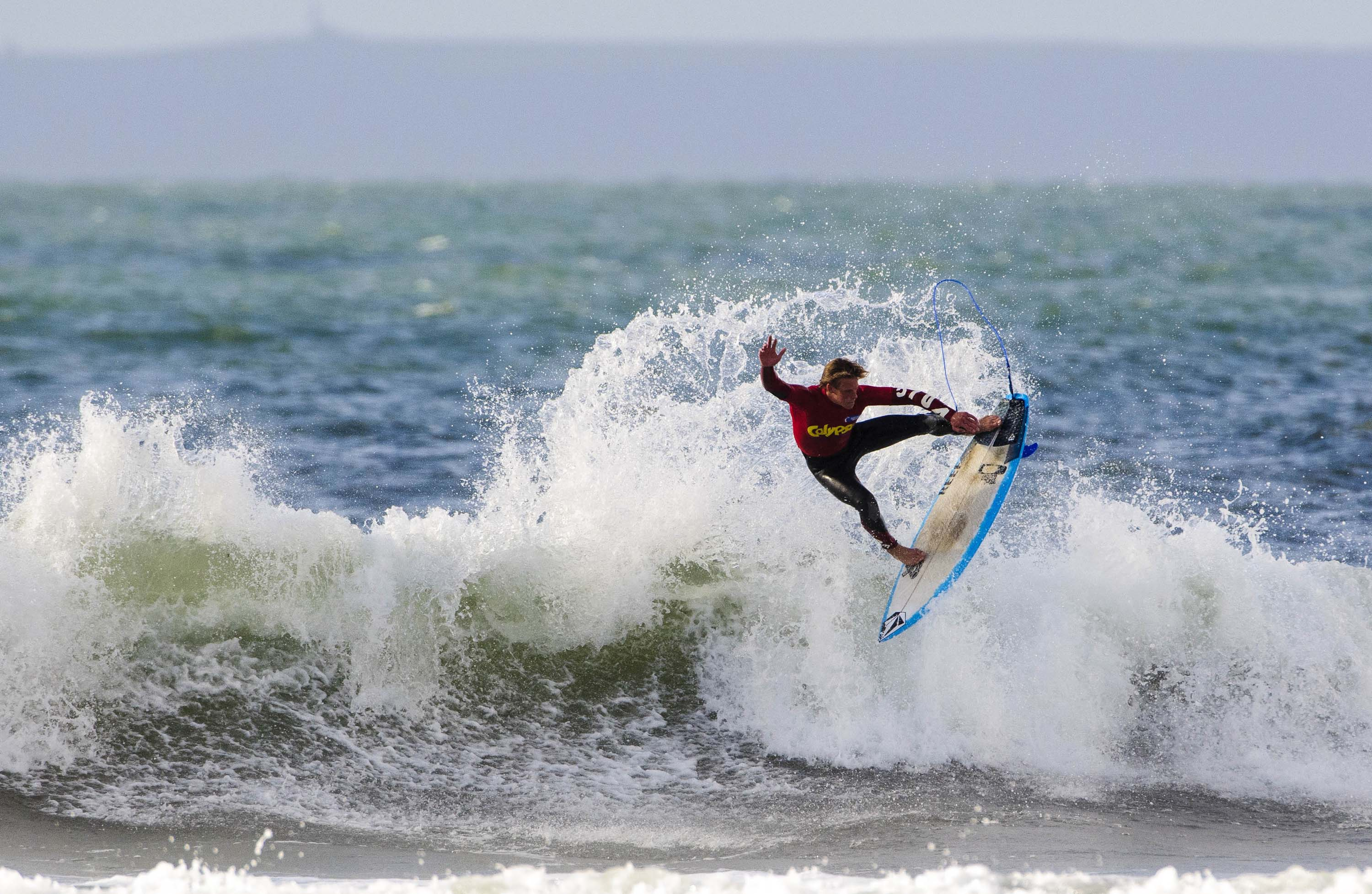 surfing in cornwall is just as fun for beginners beachlets
