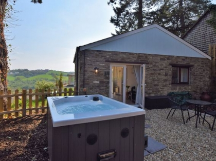 Brilliant Cottages With Hot Tubs In Devon Luxury Hot Tub Holidays Interior Design Ideas Tzicisoteloinfo
