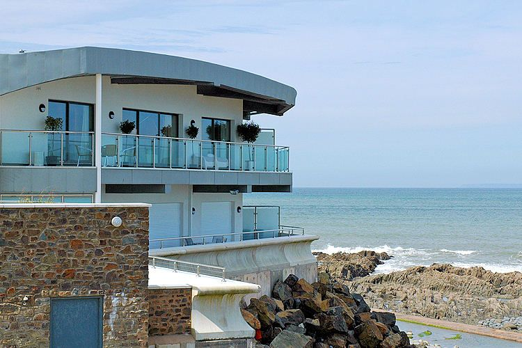 Large Apartment In Devon With Stunning Sea Views Beachlets