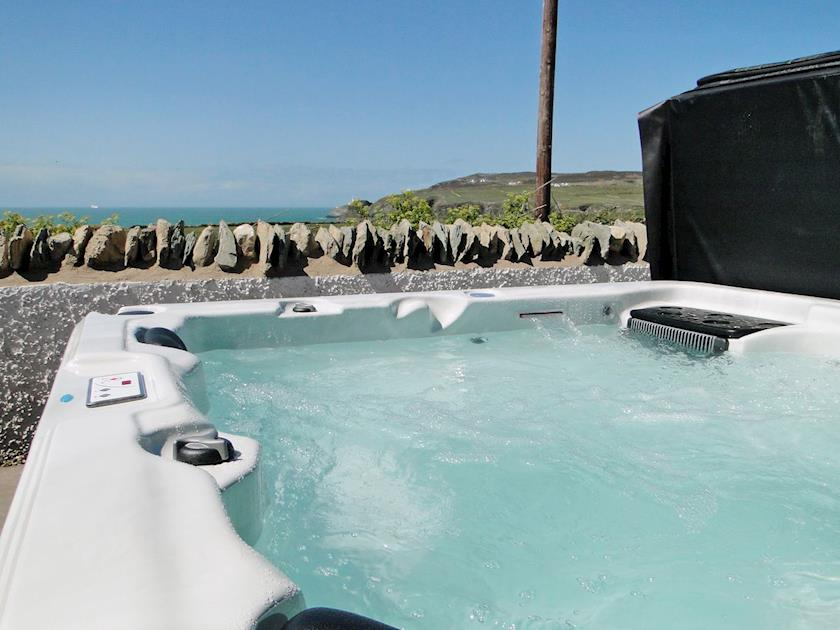 Wales Dog Friendly Hot Tub Holidays