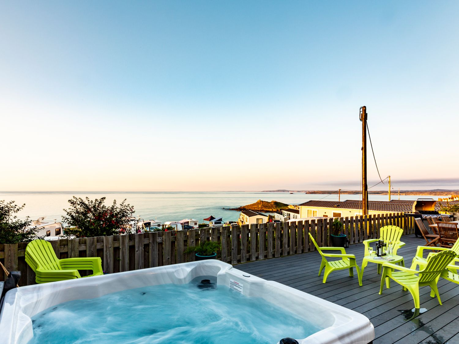 Hot Tub Holiday Cottages on the Beach