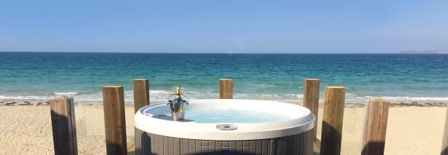 Coastal Hot Tub Cottages with Pets Welcome
