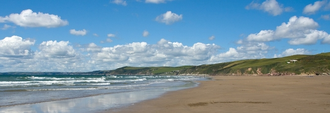 Beachfront Accommodation in Whitsand Bay to Rent
