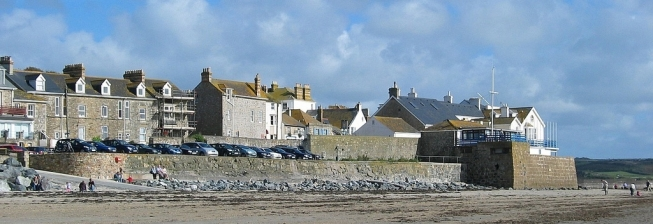 Beachfront Accommodation in Marazion to Rent