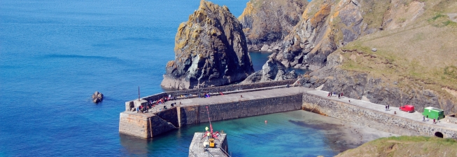 Beach Holiday Accommodation in Mullion Cove to Rent
