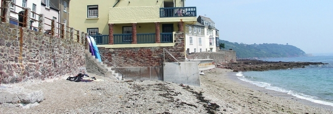 Beachfront Accommodation in Kingsand to Rent