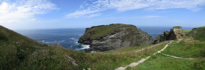 Beach Holiday Accommodation in Tintagel to Rent