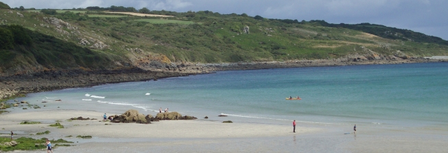 Beachfront Accommodation in Coverack to Rent