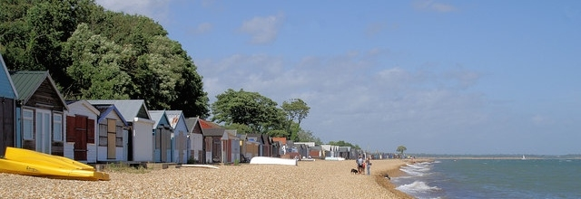 Beach Holiday Accommodation in Hampshire to Rent