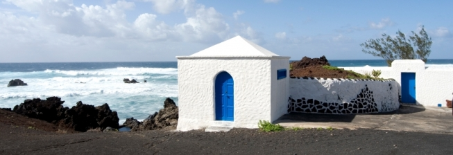 Large Group Accommodation in Lanzarote to Rent