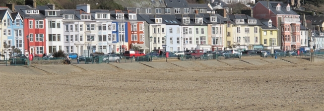 Accommodation in Aberdovey with a Hot Tub to Rent