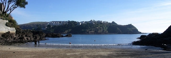 Beach Holiday Accommodation in Polruan to Rent