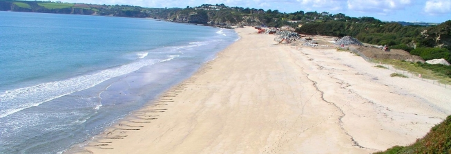 Beach Holiday Accommodation in Carlyon Bay to Rent