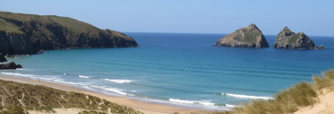 Beach Holiday Accommodation in Holywell Bay to Rent