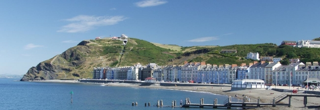 Beach Holiday Accommodation in Aberystwyth to Rent