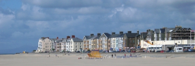 Beach Holiday Accommodation in Fairbourne to Rent