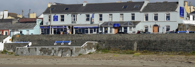 Beach Holiday Accommodation in Kilkee to Rent