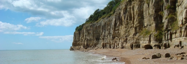 Beach Holiday Accommodation in Fairlight to Rent